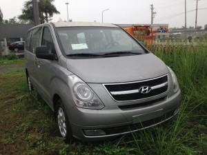 Hyundai Starex 6 chỗ dầu
