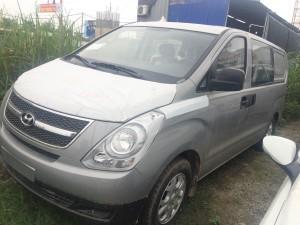 Hyundai Starex 9 chỗ dầu