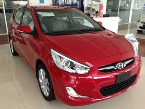 Hyundai accent 1.4 AT hatchback